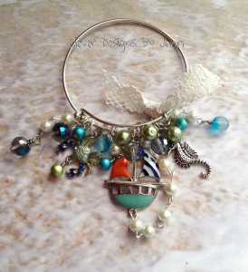 Seashore charm bracelet