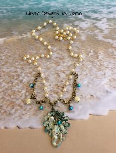 Mermaid Clam Shell Necklace